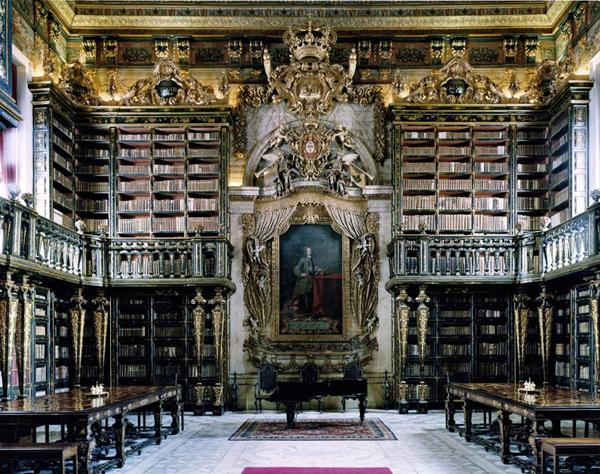 CH 339 Biblio Coimbra IV 6989